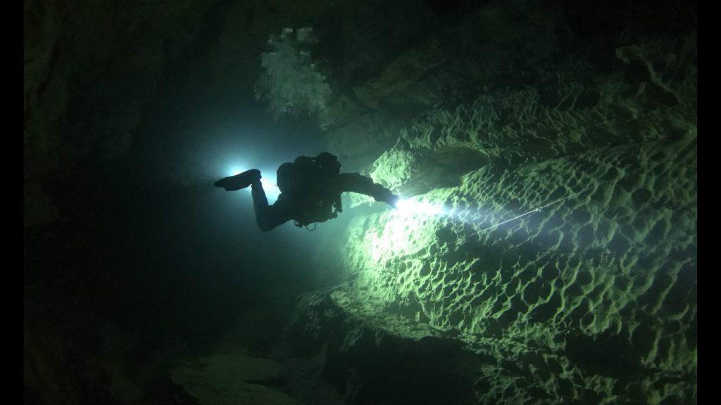 Florent M. LOCATELLI - Cave diving