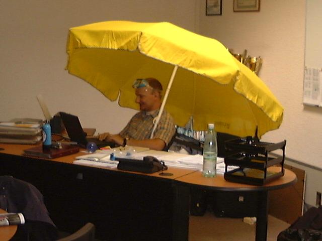 Florent M. LOCATELLI - sous parasol chez HTS